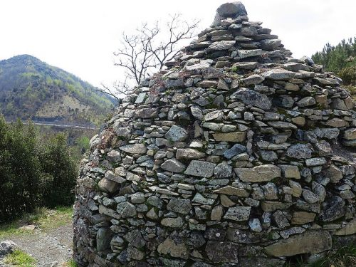 Anello da Borzoli con Bric Teiolo, Corvi Nord e Sud, Abbazia di Cassinelle e Asósto di Bigiæ